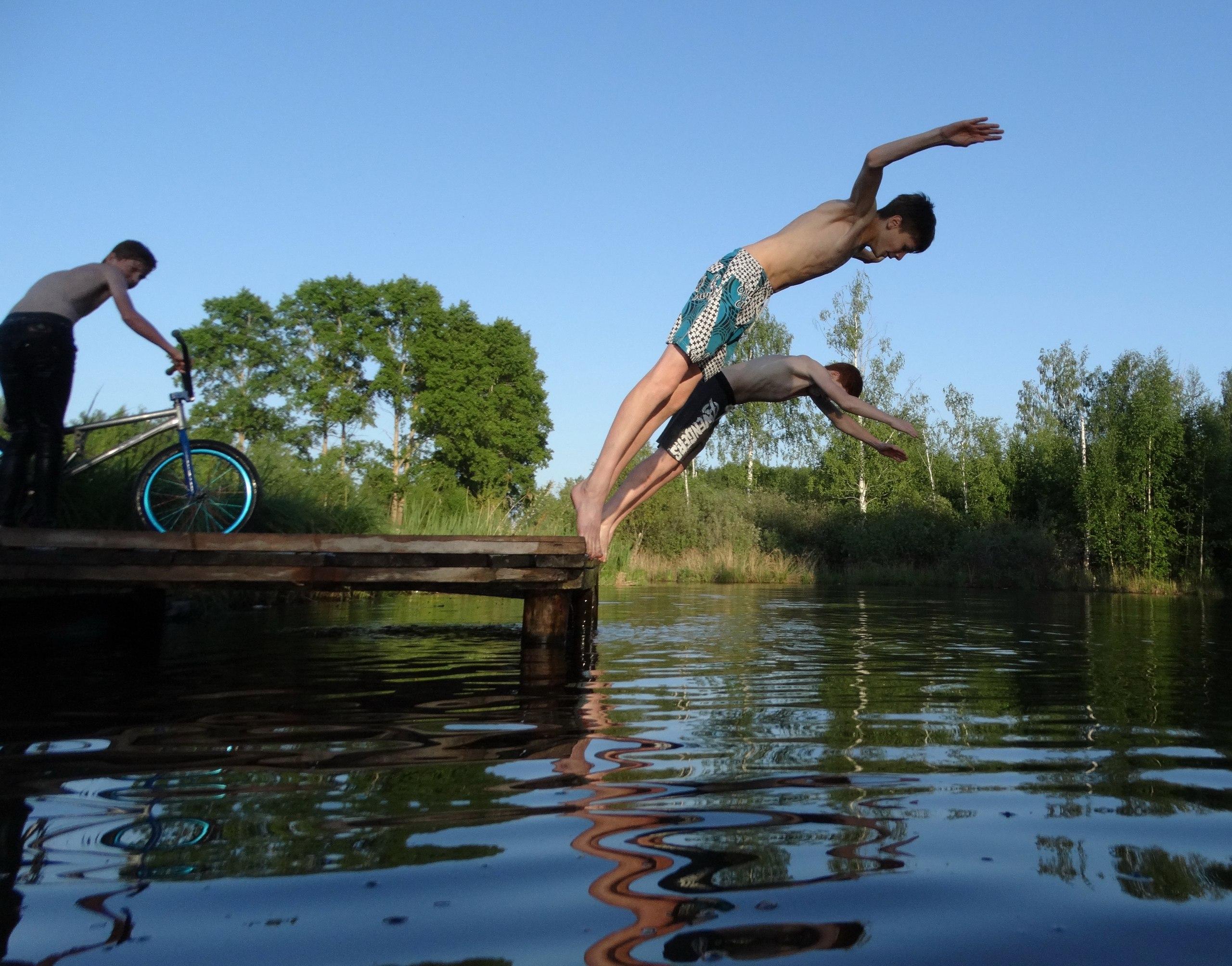 Александр Апатов: Купание на велосипедах